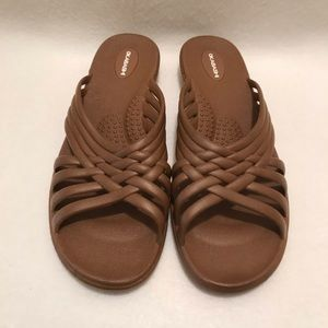 e380e59007a226 Okabashi Shoes - Okabashi Venice Women s Size M L Toffee Sandals.